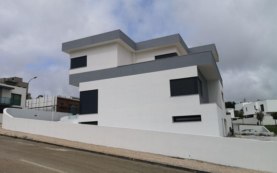 Construção moradia Belas